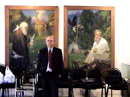 Michael Cremo at the Darwin Museum in Moscow